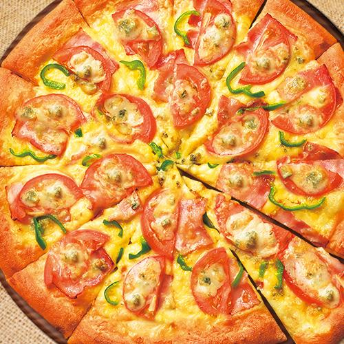 ブルーチーズとベーコンのピザ